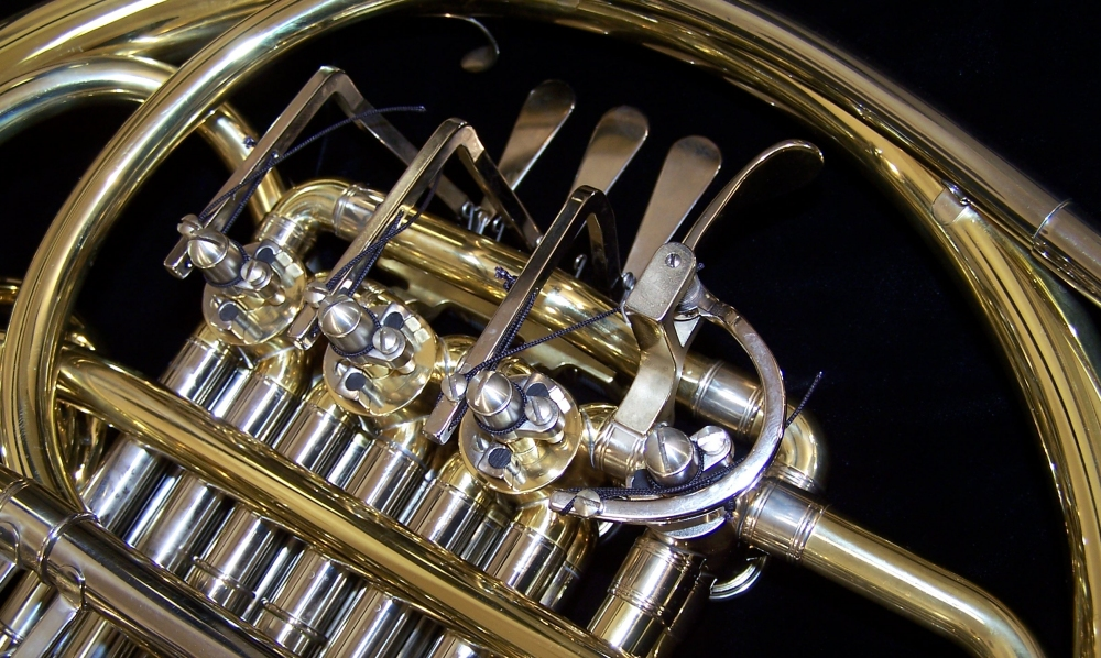 Piccolo French Horn Ebay Conn 6d double french hornPiccolo French Horn Ebay